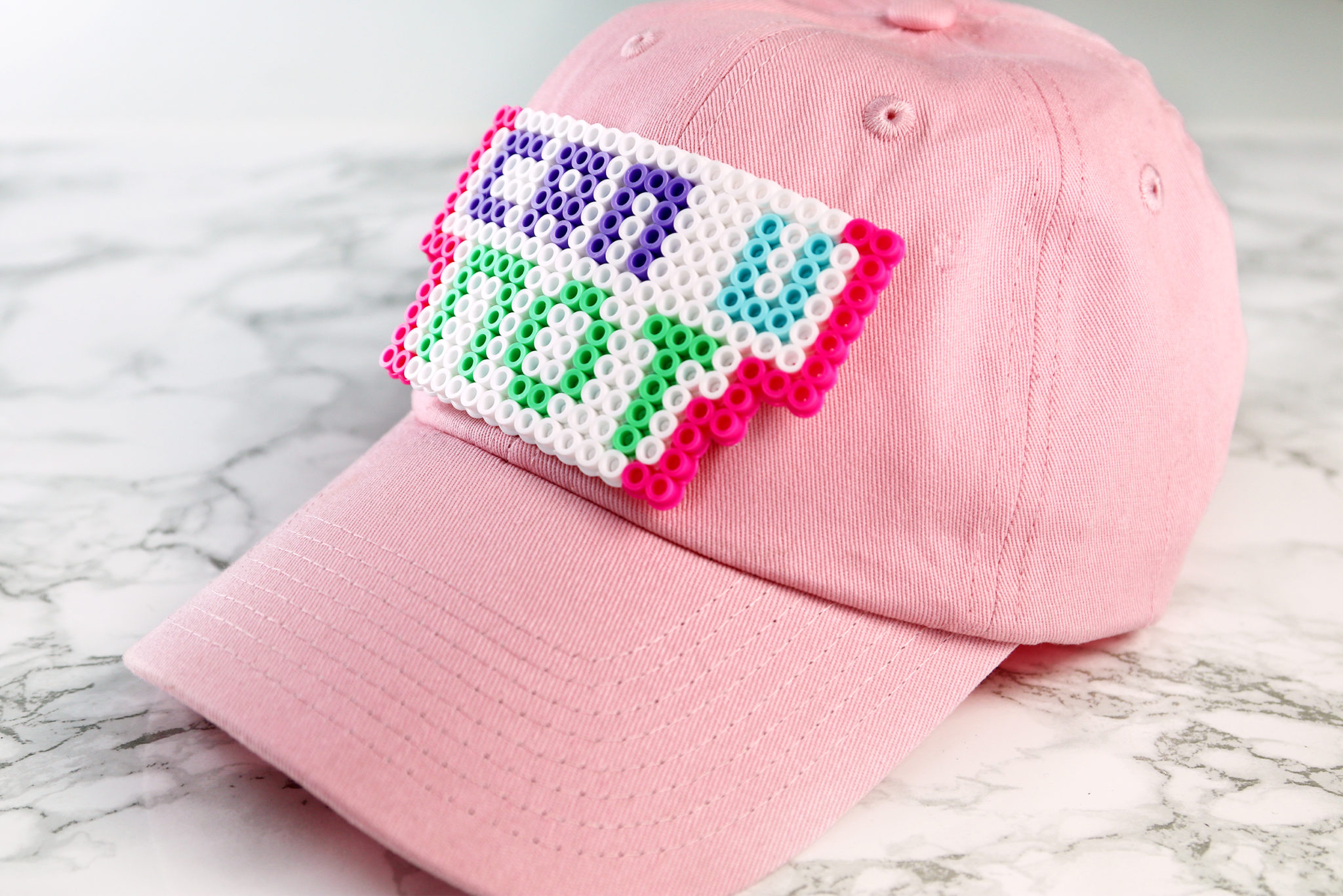 White baseball caps for crafts - The Next Hat Uses A Craft Supply I Literally Haven T Used Since I Was About 8 Years Old Perler Beads