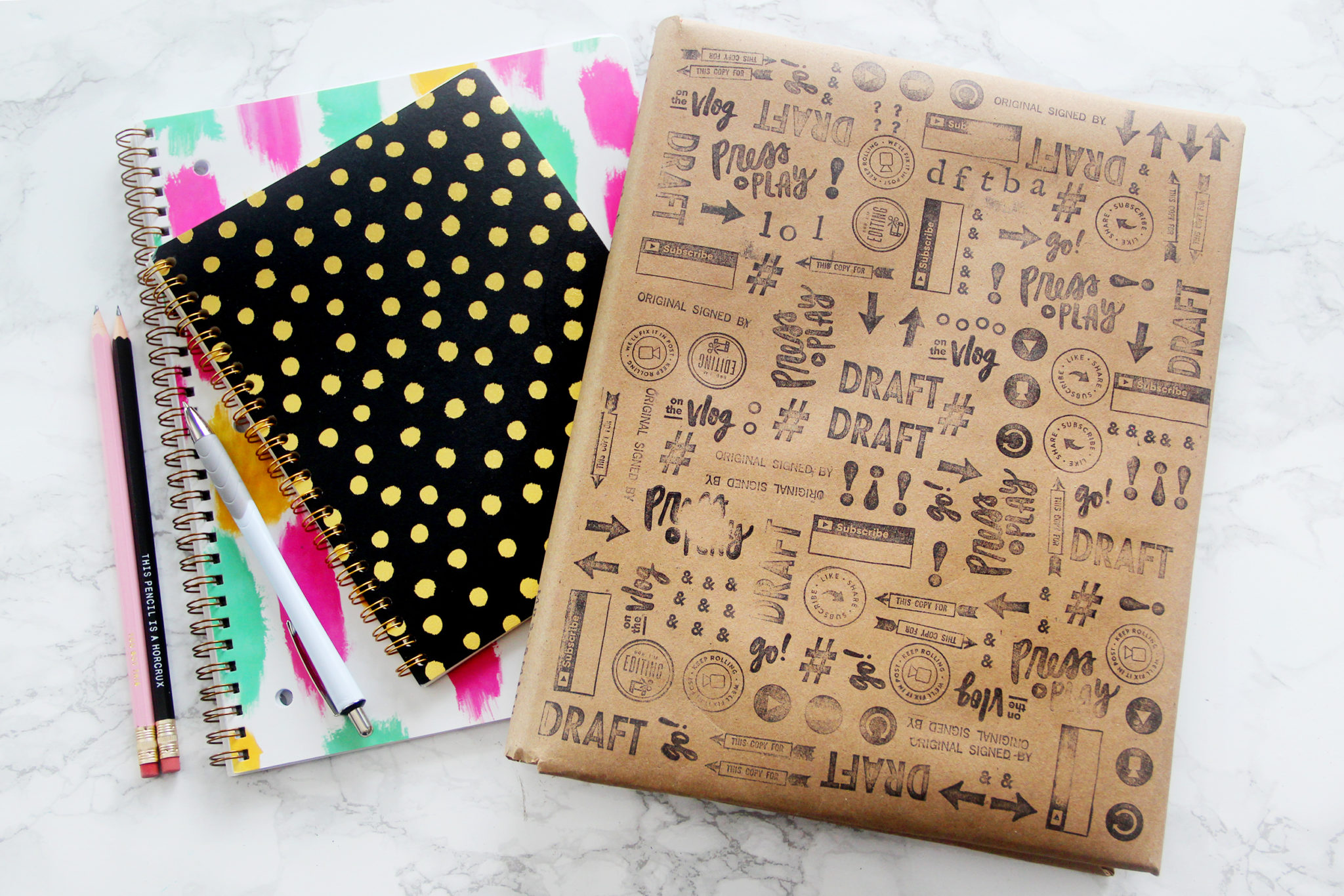 DIY Cute Back to School Textbook Covers -