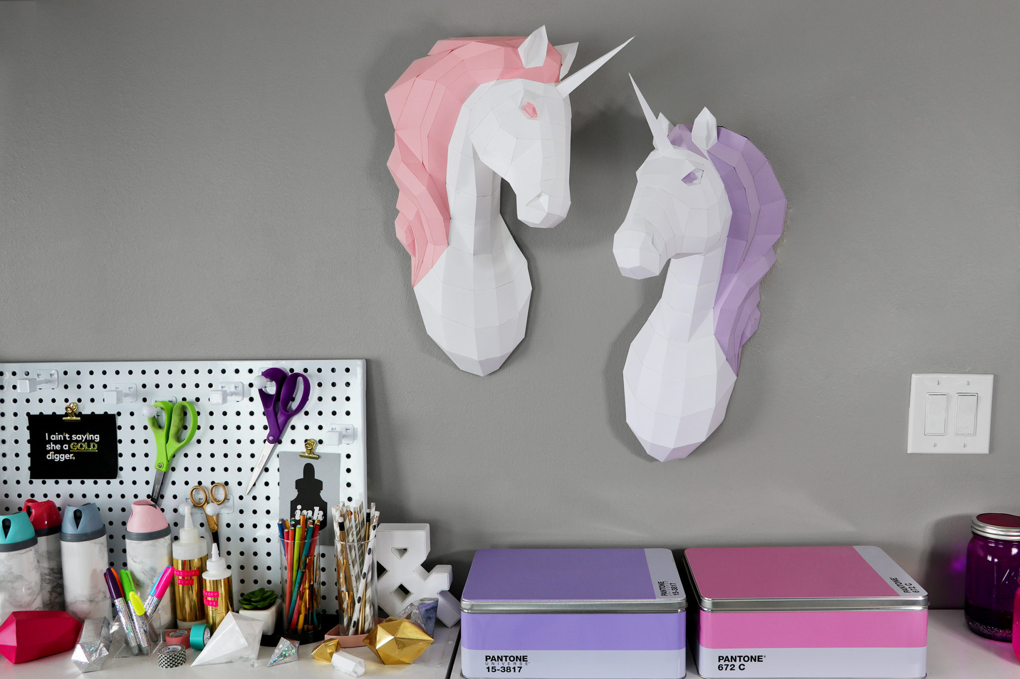 two_unicorns_full